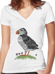 Puffin in colour Women's Fitted V-Neck T-Shirt