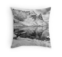 A Moody Reflection of Reine Throw Pillow