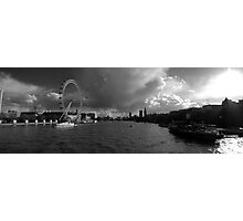 the river thames Photographic Print