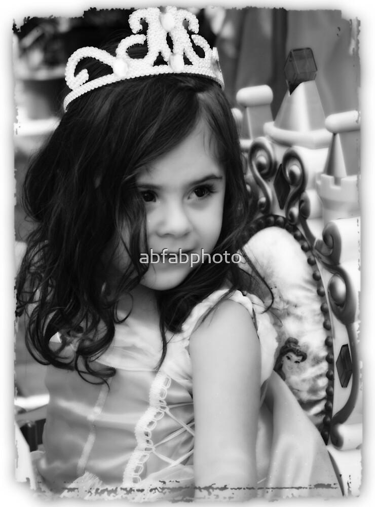 Chloe, the Birthday Princess by abfabphoto