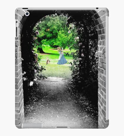 Through to Wonderland iPad Case/Skin