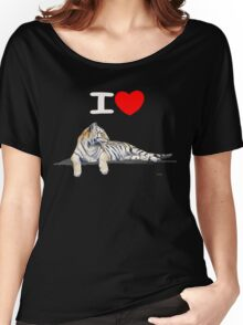 I love Tigers (for dark) Women's Relaxed Fit T-Shirt