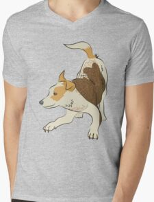 Heeler pub dog chasing tail Mens V-Neck T-Shirt