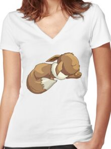 Sleepy Eevee Women's Fitted V-Neck T-Shirt