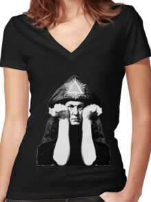 Aleister Crowley Women's Fitted V-Neck T-Shirt