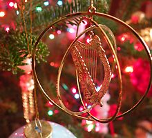 Celtic Christmas Harp by WonderlandGlass