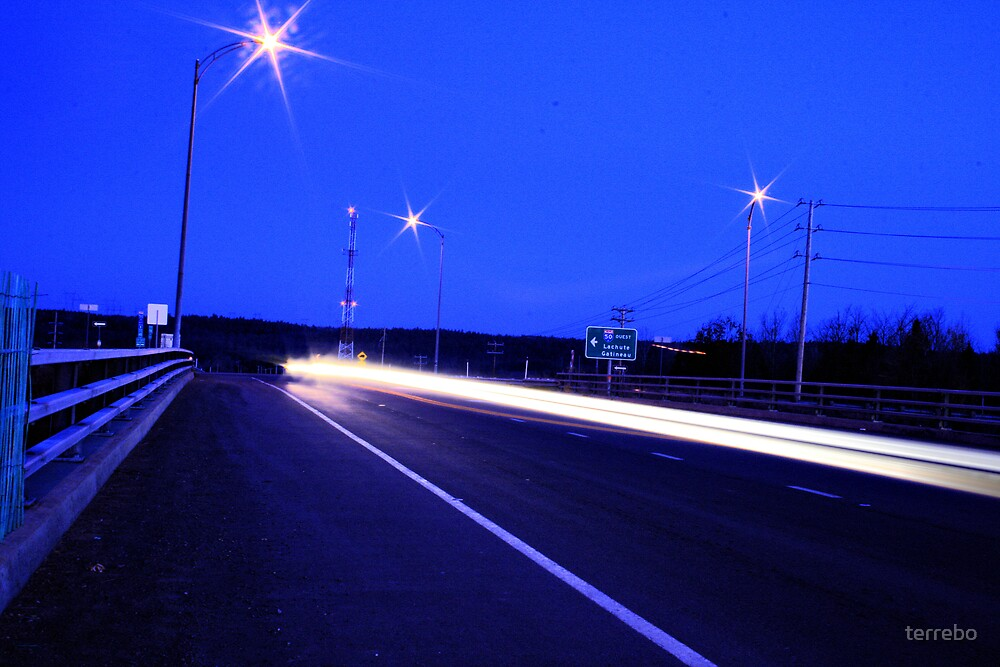 HighWay Light Night Run by terrebo