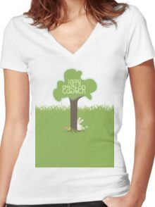 Easter bunny Easter eggs hiding behind tree Women's Fitted V-Neck T-Shirt