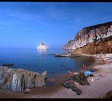 Sardinia - the hidden beach by JimFilmer