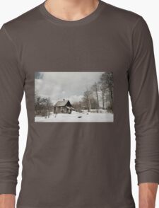 dilapidated wooden house cottage in winter  Long Sleeve T-Shirt