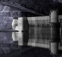 Lake Manchester Dam by Neil Gavin