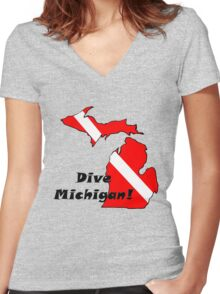Dive Michigan Women's Fitted V-Neck T-Shirt