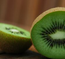 Sliced Kiwi by Brendan Schoon