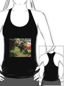Chirping Irazu Hummer T-Shirt