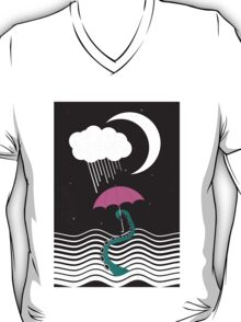 The octopus and the sea (on a rainy day) T-Shirt