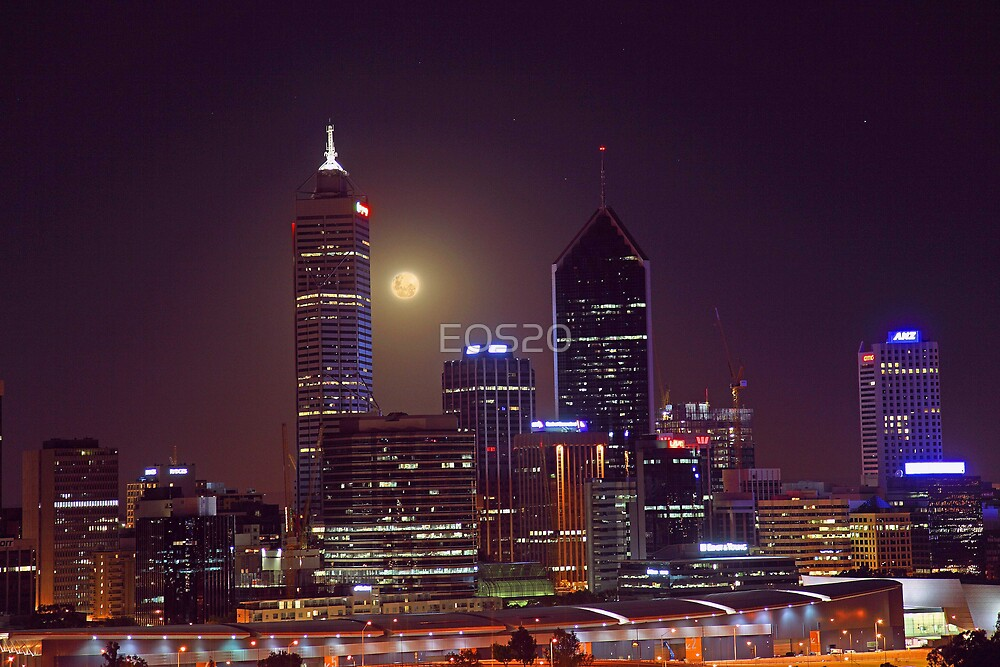 Moonrise Over Perth City  by EOS20