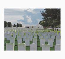 Tyne Cot Commonwealth War Graves, near Ypres, Belgium T-Shirt