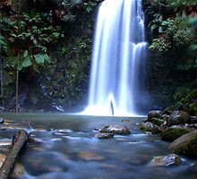 BEAUCHAMP FALLS, VICTORIA by Eamon Fitzpatrick