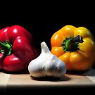 Garlic and Peppers by carlosporto