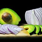 Onions and Avocado by carlosporto