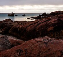 Dawn at Meelup Beach by LensCapOn