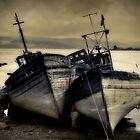 Mull Boats by JayteaUK