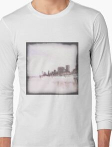 gold coast beach Long Sleeve T-Shirt