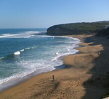 Bells Beach, Australia by Richard Watkins