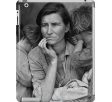 Migrant Mother, taken by Dorothea Lange in 1936 iPad Case/Skin