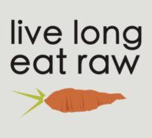 live long, eat raw (black font, crooked carrot) T-Shirt