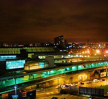 Piccadilly Station at night by shakey
