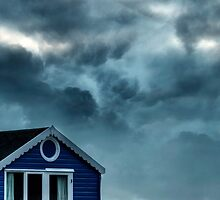 beach hut by Joana Kruse