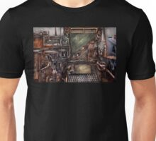 Steampunk - Machine - All the bells and whistles  Unisex T-Shirt