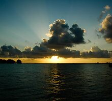 Sunset in Maldives by hancheng