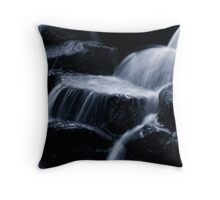 Running cold. Throw Pillow