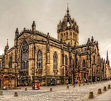 High Kirk of Edinburgh by Tom Gomez