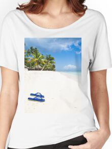Escape from paradise Women's Relaxed Fit T-Shirt