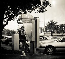On the Telephone by Jonathan Yeo