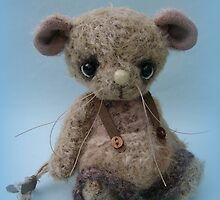 Bubbles - Handmade bears from Teddy Bear Orphans by Penny Bonser