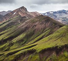 ICELAND:GREEN MOUNTAINS by philaphoto
