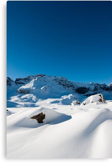 Mountain scenery at Melchseefrut by peterwey