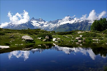 Mountain Lake Switzerland by AnnieSnel