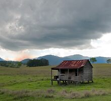 Little House on the Prairie - near Boonah Qld by Beth  Wode