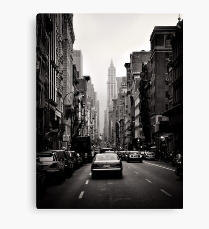 Manhattan avenue in black and white Canvas Print