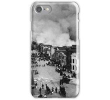 San Francisco Mission District burning in the aftermath of the San Francisco Earthquake of 1906. iPhone Case/Skin