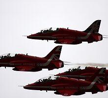 RED ARROW  by Merlin72