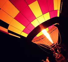 balloon Glow by Jaime de la Cruz