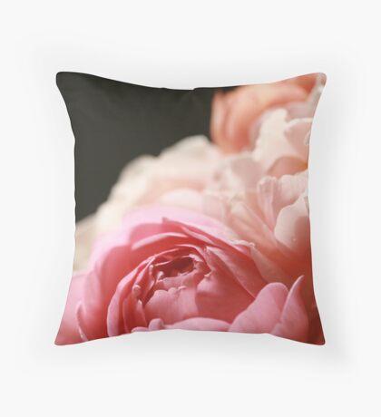 David Austin rose bouquet Throw Pillow