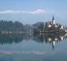 Island in Lake Bled by jojobob