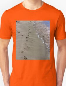 Footprints In The Sand - Jurien Bay - WA Unisex T-Shirt